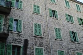 Opere di falegnameria e progettazione di serramenti in legno, esterni e interni