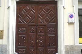 Restauro ligneo conservativo di mobili e porte